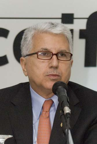 Francisco dos Santos (presidente do 20º Congresso da Intercoiffure - Rio 2008)|Virna Santolia