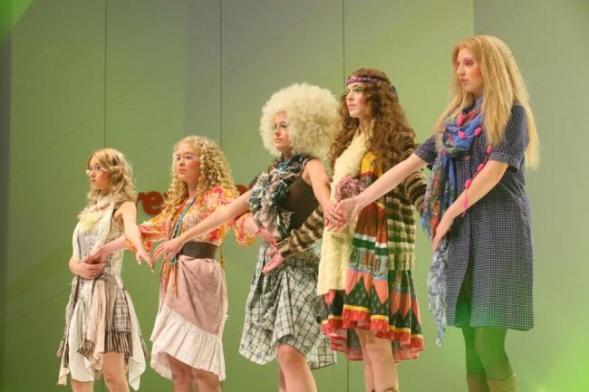 Os cabelos claros, em vários tons de loiro, foram usados na parte da apresentação destinada ao folk|Moisés Moraes/BSG