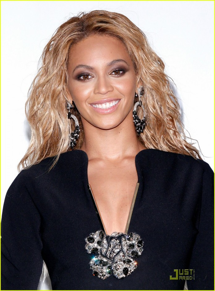 Beyoncé|Just Jared