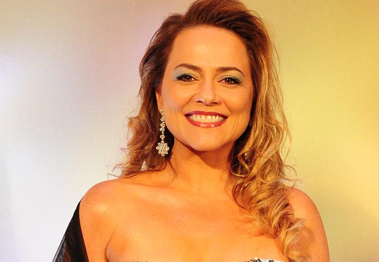 O cabelo de Vivianne Pasmanter na novela 'Em Família'